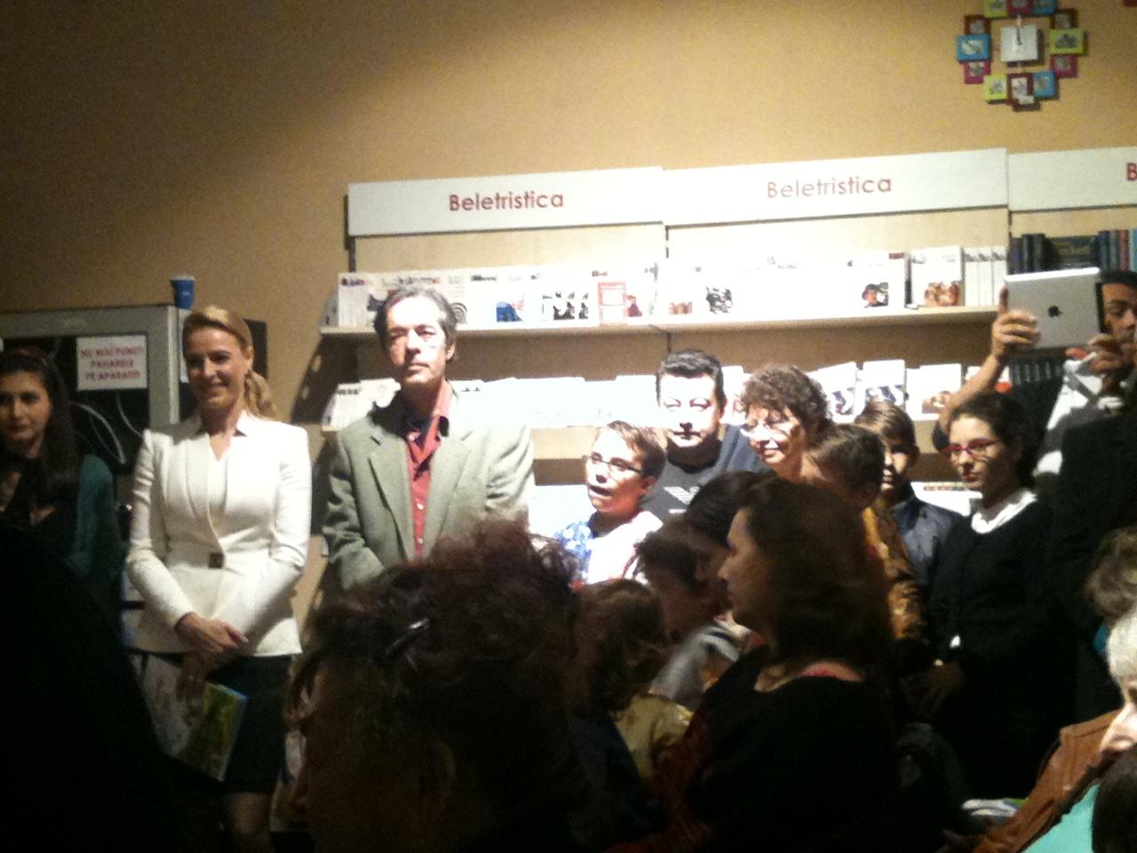 Lansare Poezii pentru cei mici. 14 JPG